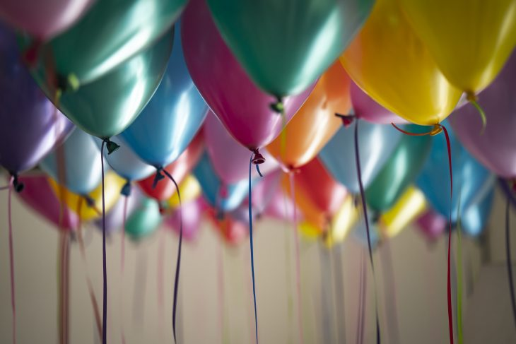 Top 4 Tips for Training Exceptional Party Hosts in Your FEC
